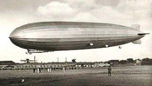 luftschiff graf zeppelin berfliegt 1930 waldenbuch. Black Bedroom Furniture Sets. Home Design Ideas